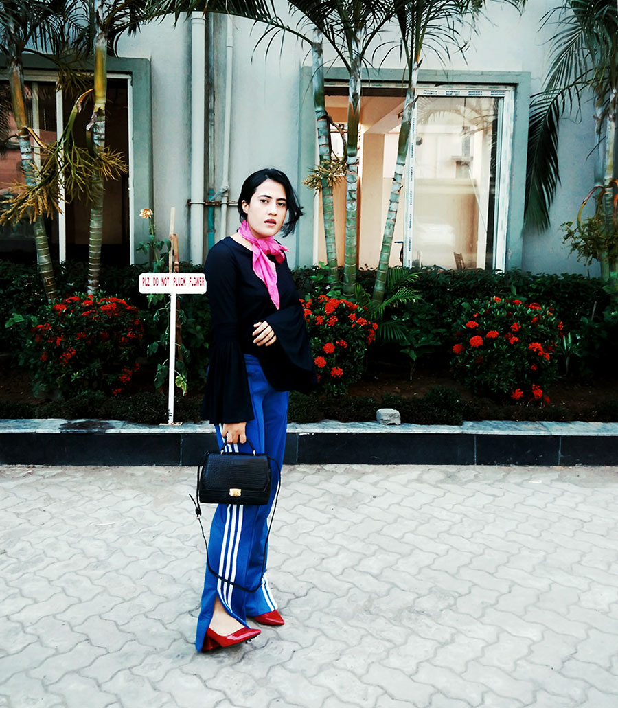 navyNexttop,AdidasOriginalTrack Pants,Zarablackbag ,Zara redHeels,fashionblogger