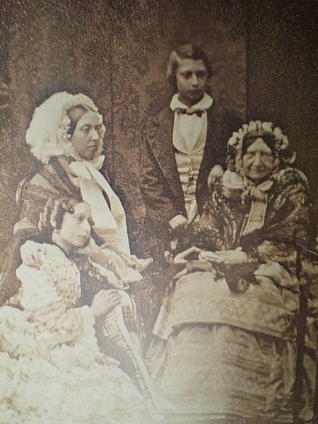 Daguerreotype of Queen Victoria, Princess Alice, the Prince of Wales (later King Edward VII) and Princess Mary, Duchess of Gloucester, 1856