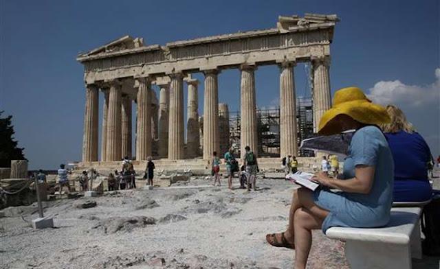 Ταξιδιωτική οδηγία για την Ελλάδα έβγαλε η Μ. Βρετανία