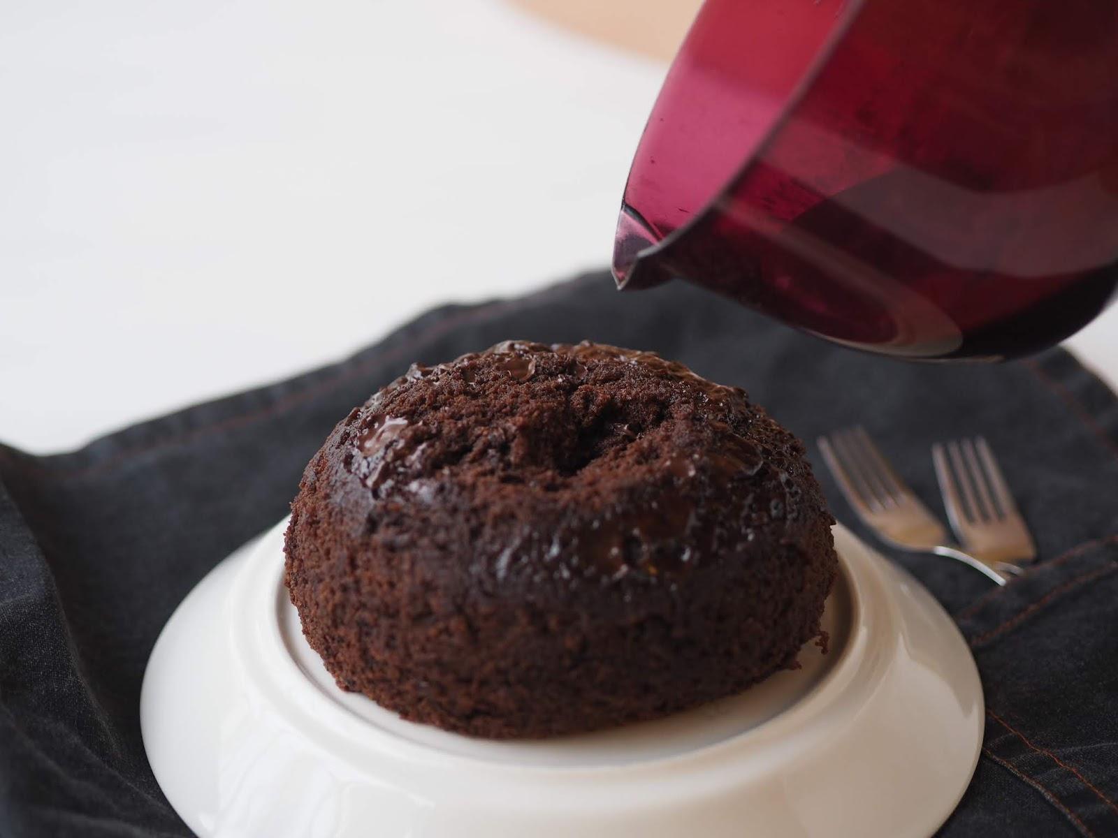 suklaakakku mikrossa ilman munaa