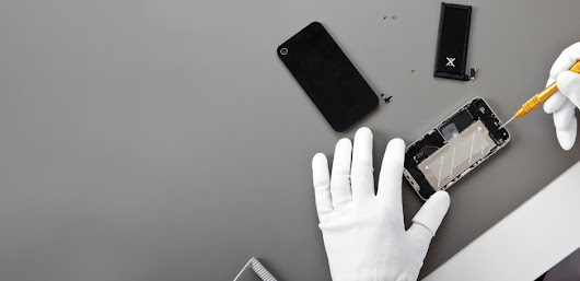 The Pros &  Cons Of Branded Cell Phone Accessories And Repair
