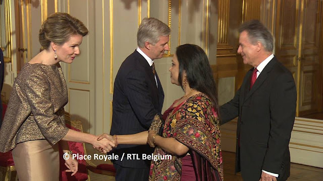 NATAN Dress Queen Mathilde