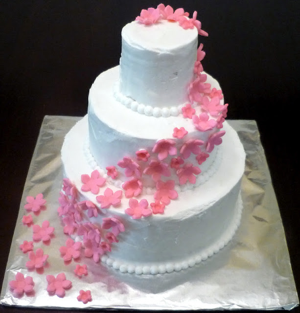 Fondant Flowers For Wedding Cakes: Snips & Spice: Steve And Judy's Surprise Wedding Cake