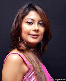 Biodata Manini Mishra Pemeran Sudha Madan Mehra