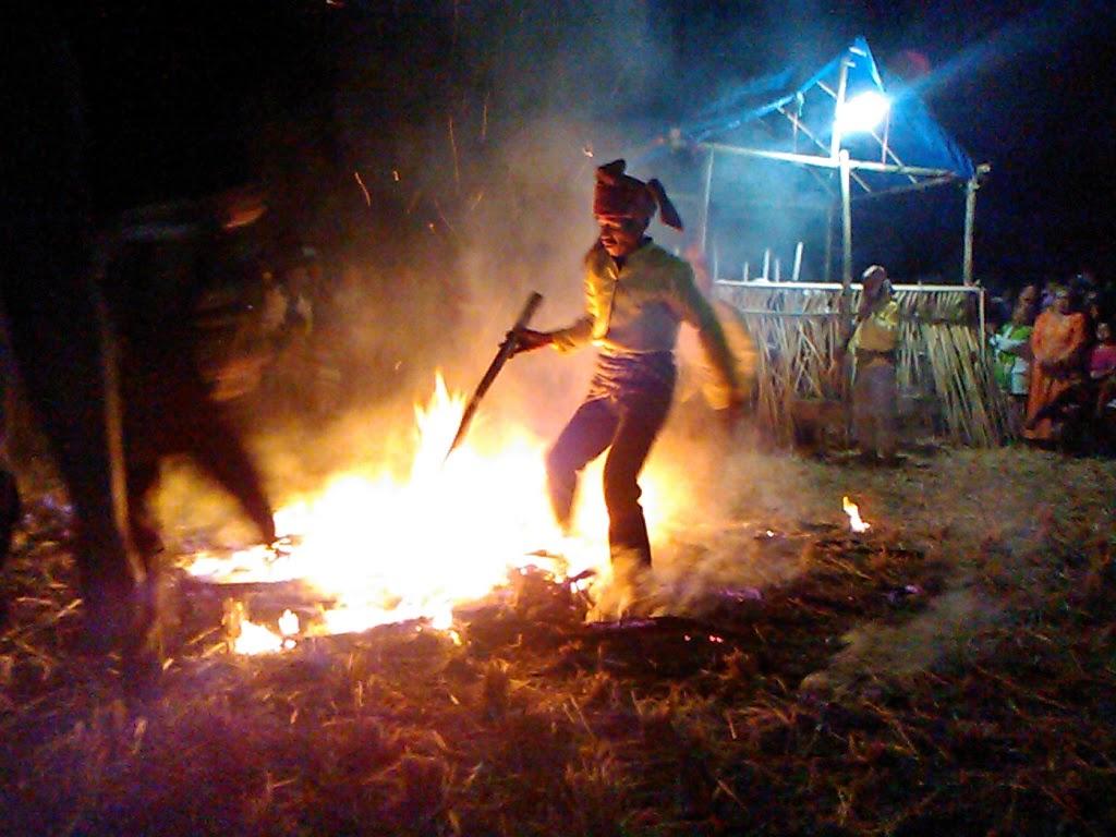 Tari Sere api