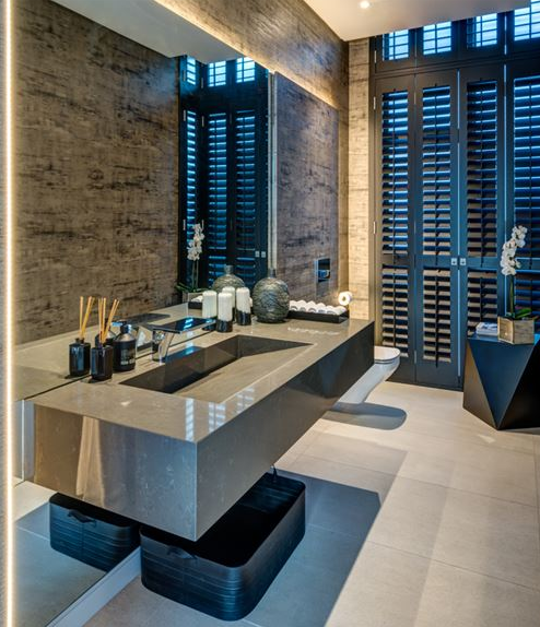 Modern and elegant bathrooms