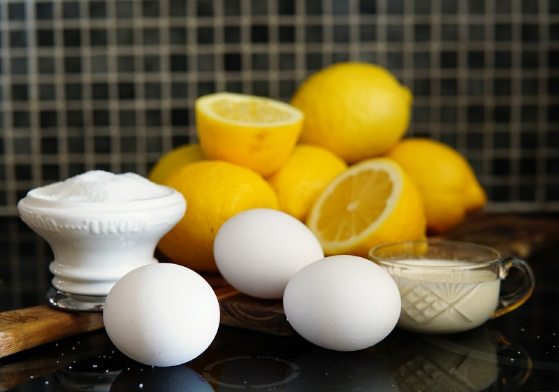 Sitruunamousse, jälkiruoka, jälkiruokaresepti