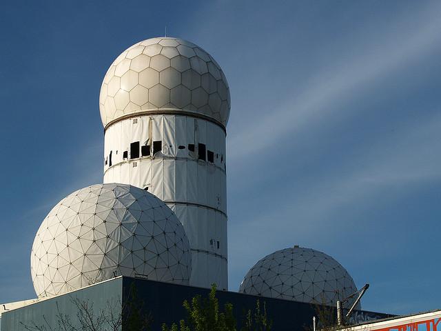 The Radome Amazing Hi Tech Radar Umbrella Kuriositas