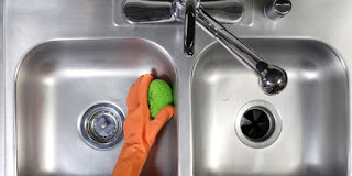 Kitchen Solutions for Sinks CLeaning
