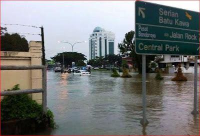 Hasil carian imej untuk banjir serawak