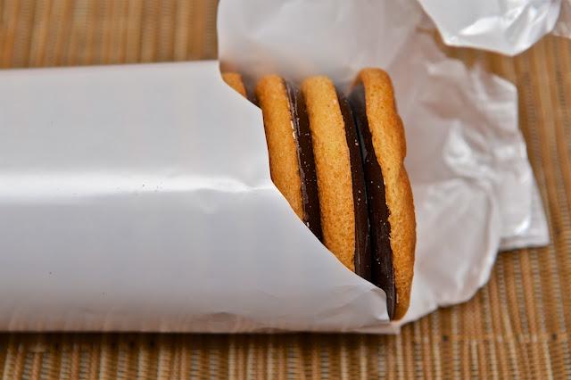 PiM's Orange - PiM's Orange LU -  Mondelez - Dessert - Génoise - Jaffa Cakes - Marmelade d'orange - Cake - Gâteau - Chocolat - Chocolat noir