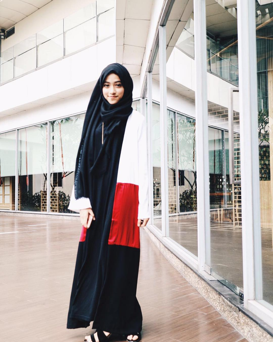45+ Model Hijab Terbaru 2018: Simple, Modern & Elegan