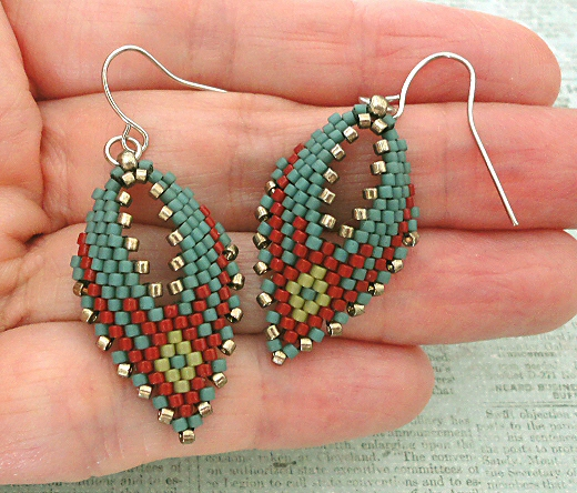 9bd93617d2269 Linda's Crafty Inspirations: Russian Leaf Earrings - Blue & Red