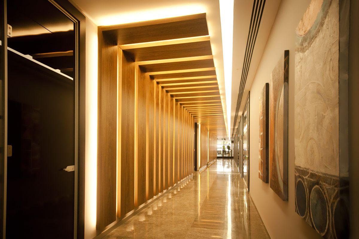 Light architecture koza holding headquarters for Hotel corridor decor