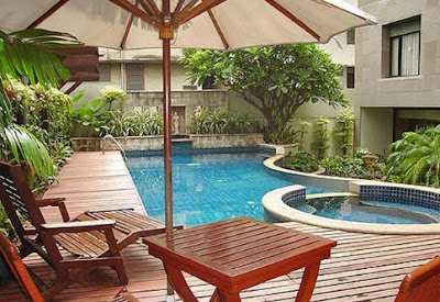 Swimming pool design wood decking furnish