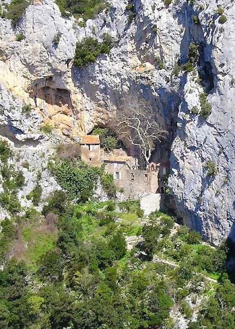Ermita de Saint-Antoine, Gorges de Calamus, Francia