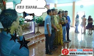 kalautau.com - Nasib Jomblo melihat temannya menikah