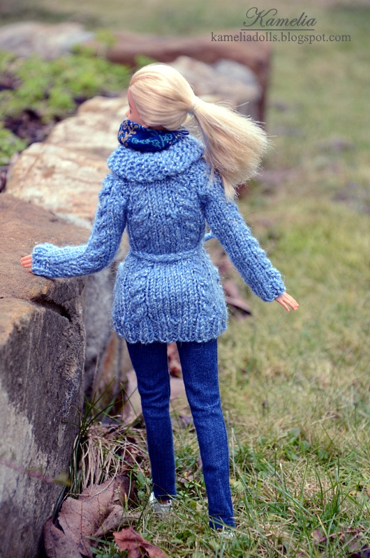 Sweater with braids for Barbie doll.