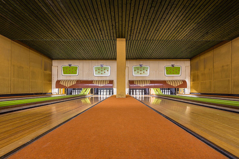 Bowling Alleys: Photos by Robert Götzfried