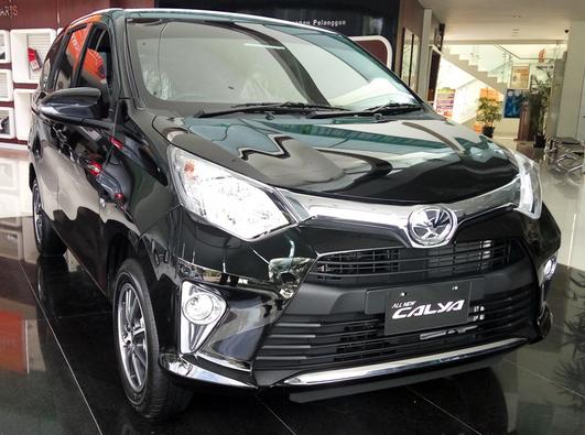 Mobil Toyota Calya Tulungagung