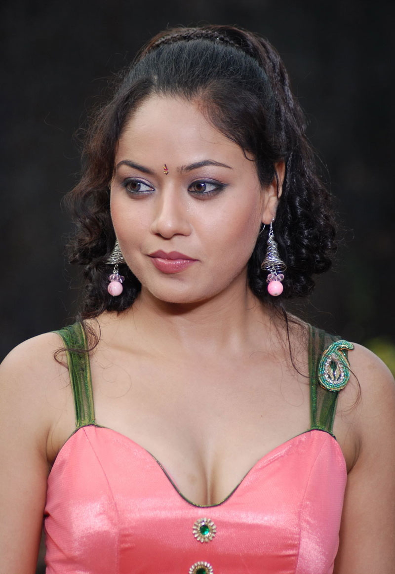 Actress Anu Poorva Latest Hot Navel Still Gallery ...