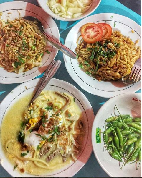Kedinginan di Waktu Musim Hujan Saat Berlibur di Jogja? Hangatin Aja Yuk Dengan Makan Bakmi Jawa Ini