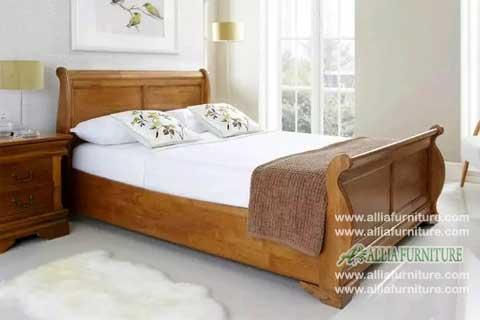 tempat tidur jati ukiran model bagong blok