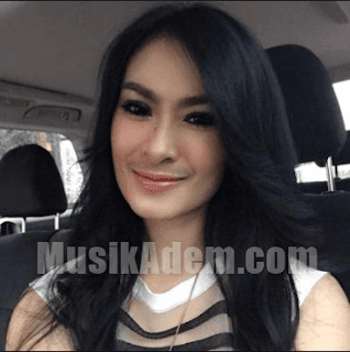 Download Lagu Iis Dahlia Mp3 Terbaik