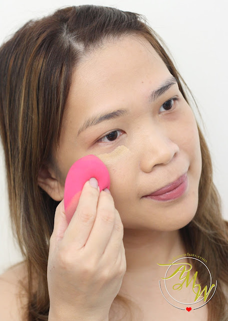 a photo of Pro Studio Beauty Exclusives: Miracle Edge Sponge