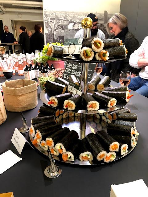 sushirullat, sushi, sushirullen, sushirullen.fi, menu, catering, bloggaajailta, seija strand, ali jahangiri, tarjoiluehdotus, temal