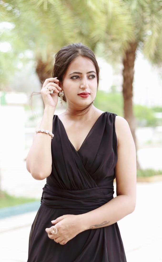 Shraddha Potdar BookMyCast Models Number 2007