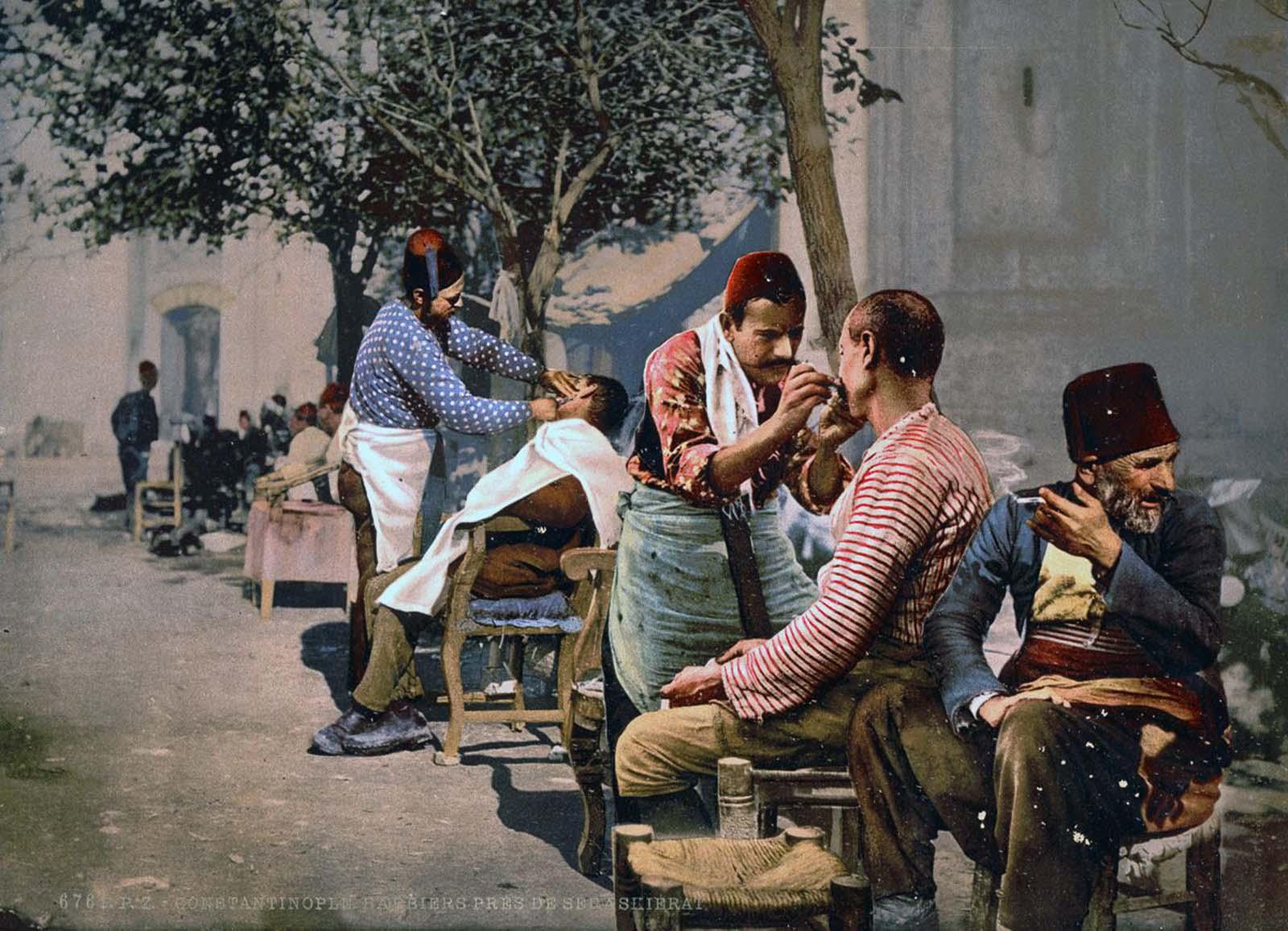 Barbers near Seraskerat.