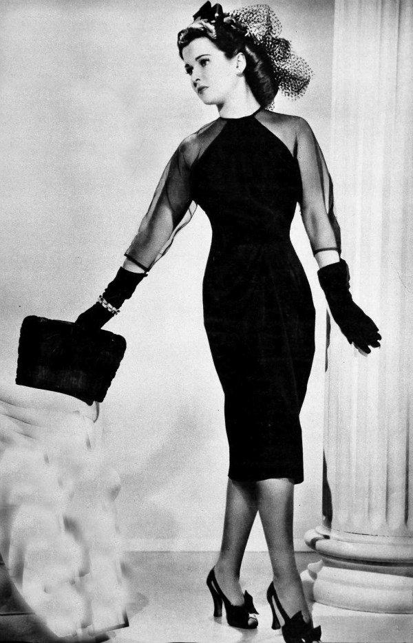 Vestido pretinho básico para o Natal de 1940