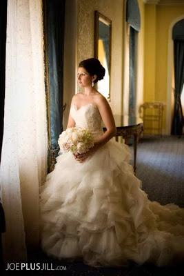 white peonies, stephanotis, white wedding flowers, white bridal bouquet