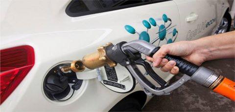 El gasto de la gasolina kia rio de 2011