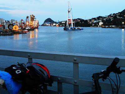 Cinco Pontes, Vitória, Vila Velha. Chegando em casa. Foto Gilson Soares, 2014.
