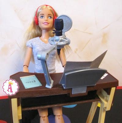 Игровой набор Barbie Musician Playset