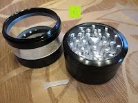 """Mahlgerät und Auffangbehälter: DCOU aluminium tabak spice herb mühle / anlage mühle / pollen sammler mit magnetischen cover mit pollen - fänger 4 schichten 2,5 - Zoll """"schwarz"""