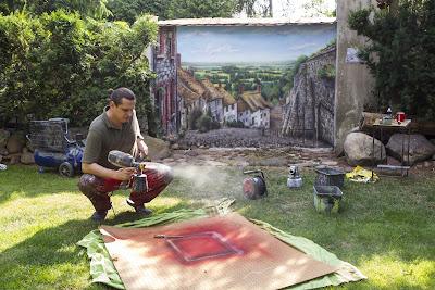 Malowanie obrazów na ścianie, malowanie uliczki w perspektywie, artystyczne malowanie ścian 3D, malowanie graffiti