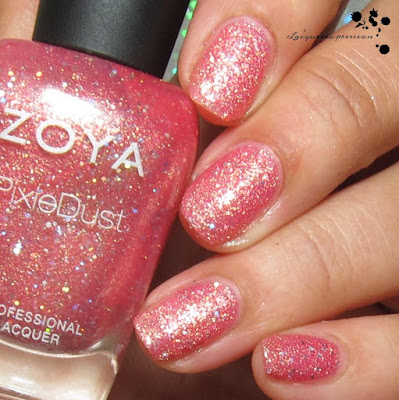 nail polish swatch of Zooey by zoya from the seashells collection