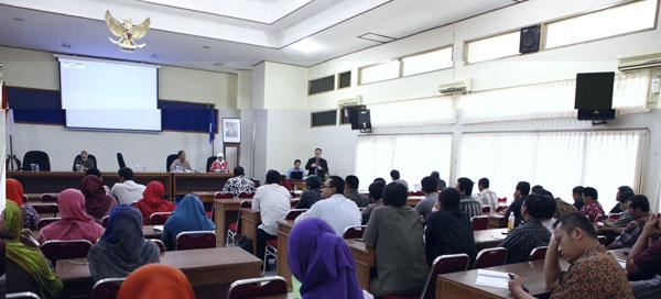 Sewa LCD Proyektor ( Infocus) Yogyakarta Pelatihan Kurikulum 2013