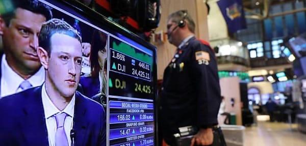 الولايات المتحدة ترغب في اقالة مارك زوكربيرج من ادارة فيسبوك