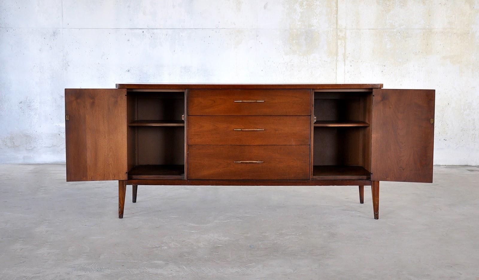 select modern mid century modern credenza buffet. Black Bedroom Furniture Sets. Home Design Ideas