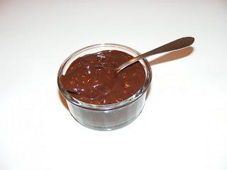 Retete sos de ciocolata pentru torturi prajituri si inghetate de casa,