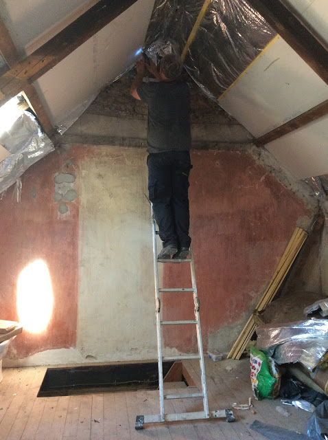 Plaster boarding a vaulted ceiling