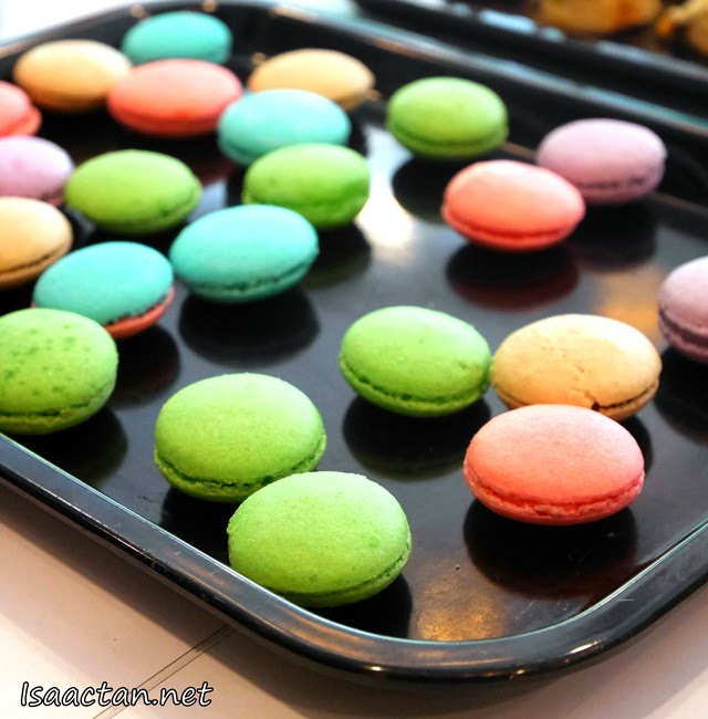 Sweet macarons for the sweet tooth in us