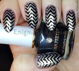 Review-Born-Pretty-Store-Throne-Stamping-Polish-White-Knight-Series