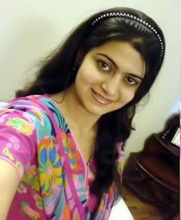 super cute Indian girls pic, college girl pic