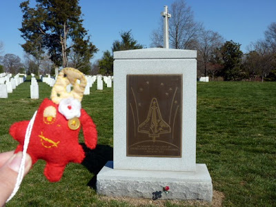 Traveller con la tumba de los astronautas