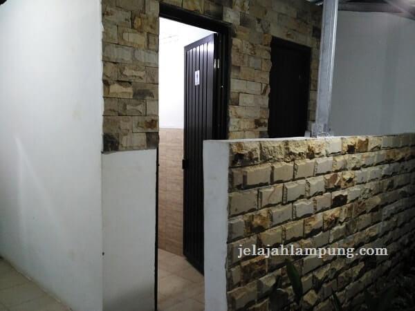 toilet pindang riu lampung